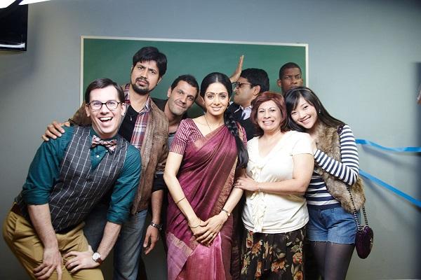 english-vinglish-2012-bollywood-movie-still-ft-sridevi-kapoor-03